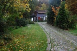 My travel beginnings at the Seminar Haus in Wettenbostel, Germany