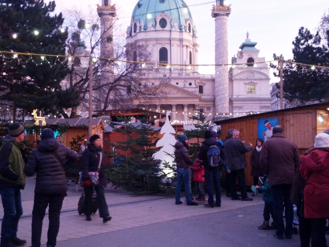 Christmas market in Karlsplatz