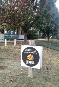 ashevillecommunityyoga
